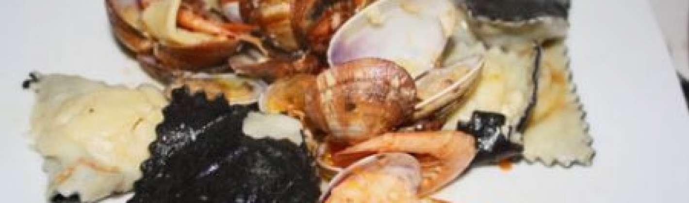 Ricetta ravioli di pesce bianchi e neri