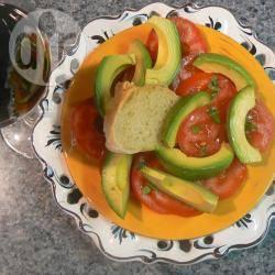Insalata di pomodori e avocado