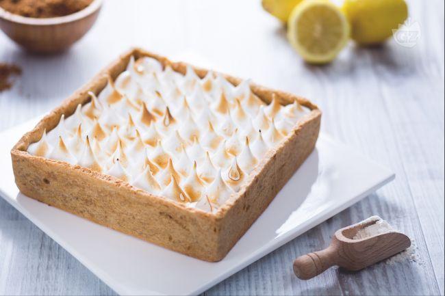Ricetta crostata con curd di limone e meringa