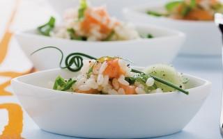 Ricetta insalata di riso al salmone