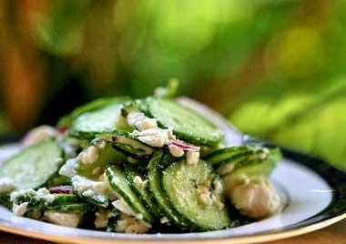 Ricetta insalata di cetrioli con le noci