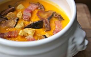 Ricetta zuppa di zucca ai funghi porcini, castagne e pancetta ...