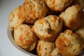 Ricetta muffin con pancetta e nocciole