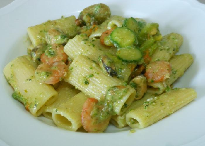 Paccheri crema di zucchine e gamberetti