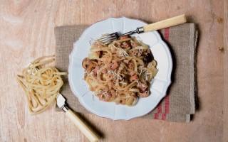 Ricetta laganedde con funghi e salsiccia