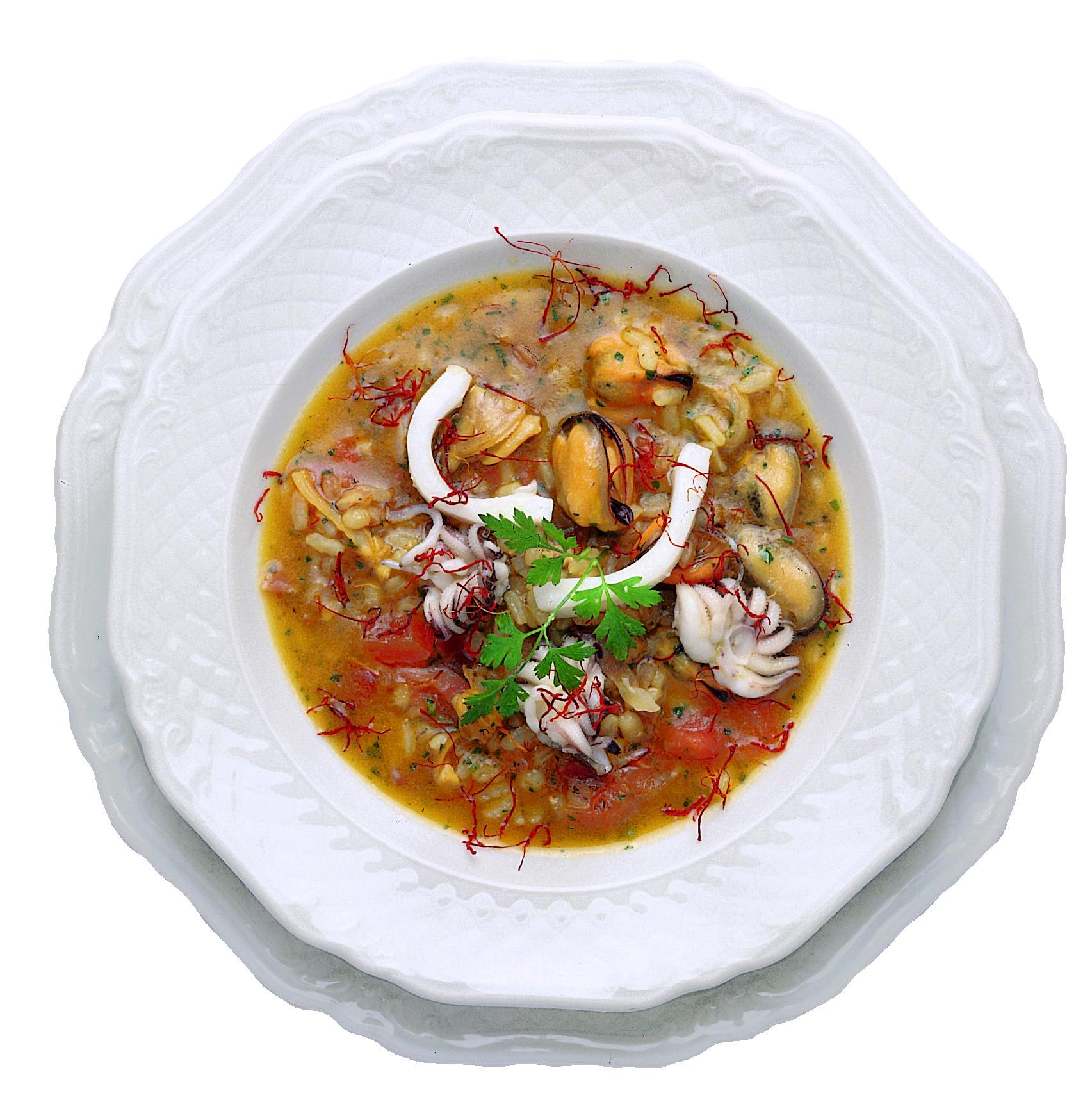 Minestra di riso con pancetta, cozze e seppie allo zafferano