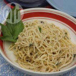 Pasta con salsa di fagioli