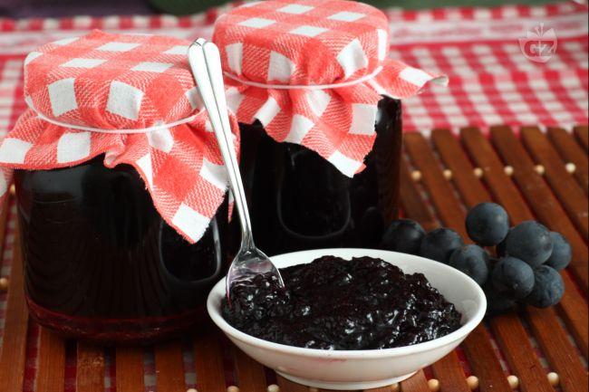 Ricetta confettura di uva fragola