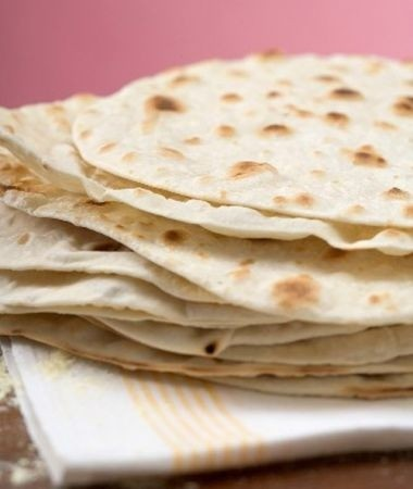 Ricetta tortillas di mais con crema di fagioli