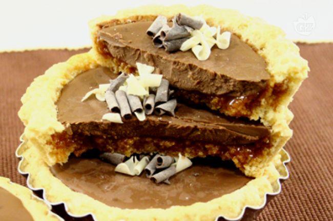 Ricetta tartellette con cioccolato e cuore di mou