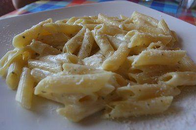 Ricetta penne al pecorino, panna e limone