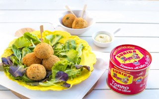 Ricetta crocchette di tonno aromatiche con salsa all'aneto ...