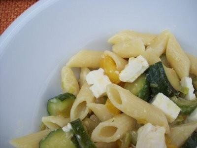 Ricetta pasta con verdure, formaggio e tacchino