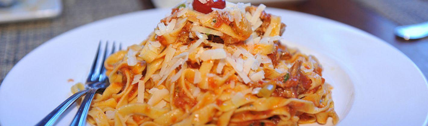 Ricetta pasta con salsiccia e scamorza