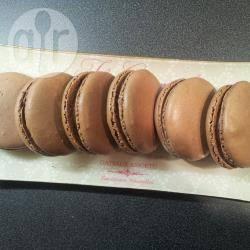 Macarons al cioccolato fondente  ricetta dettagliata