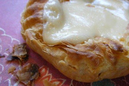 Ricetta angoli di sfoglia con carne e formaggio danese