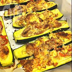 Zucchine ripiene di tonno e pomodorini