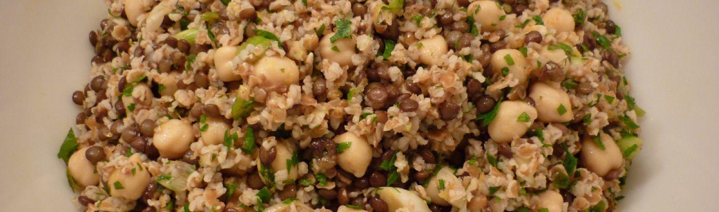 Ricetta insalata di bulgur, ceci e lenticchie