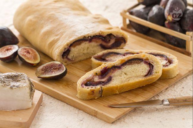 Ricetta pane ripieno di lardo e fichi