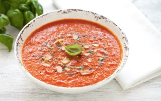 Ricetta zuppa al pomodoro e curcuma