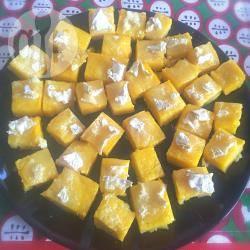 Cubetti di polenta al brie