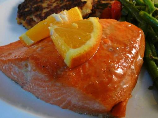 Salmone e verdure all'arancia