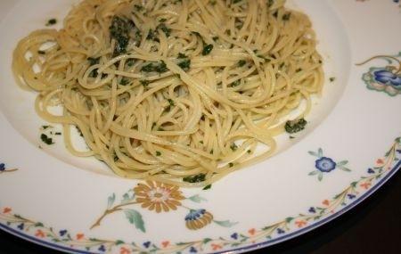 Ricetta spaghetti con acciughe