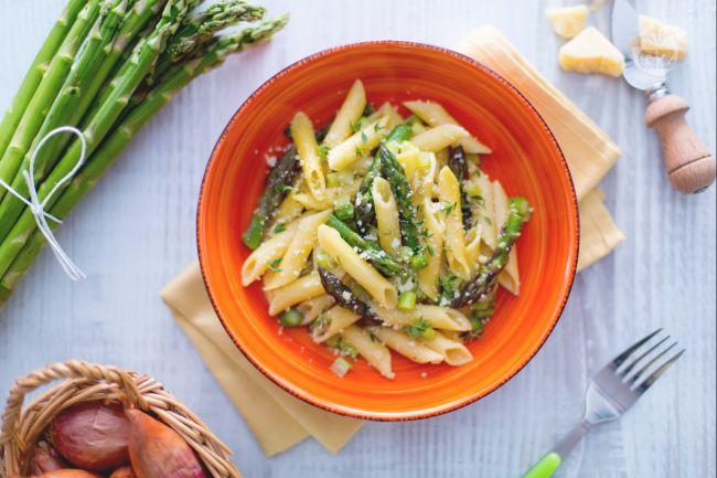 Ricetta pasta agli asparagi