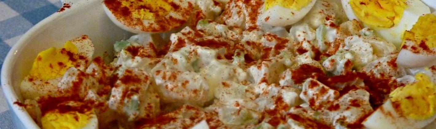 Ricetta patate con uova sode e cipolle