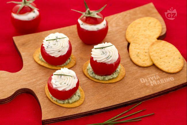 Ricetta spianatine con pomodorino ripieno di formaggio e rucola ...