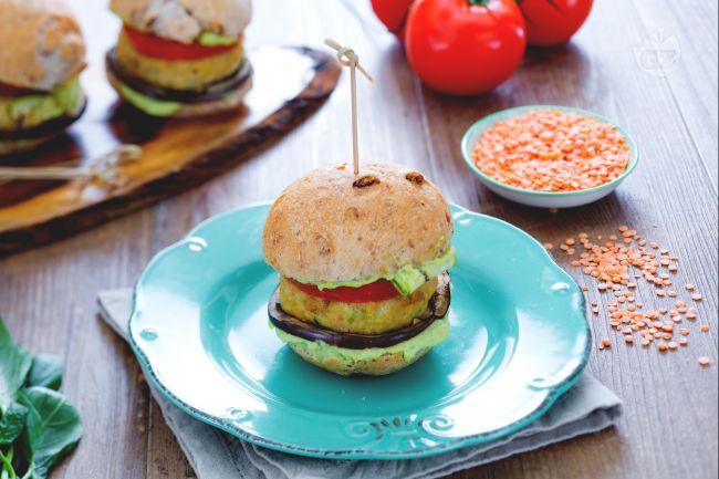 Ricetta vegan burger di lenticchie rosse