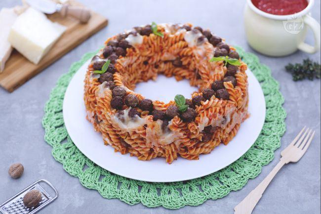 Ricetta ciambella di pasta pasticciata