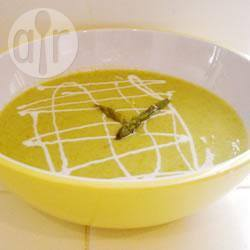 Crema di asparagi con yogurt