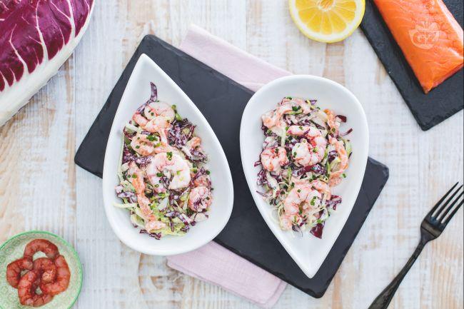 Ricetta insalata allo yogurt con salmone e gamberetti
