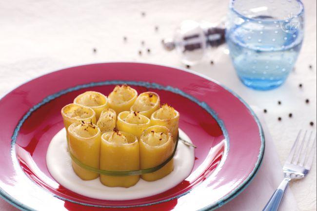 Ricetta paccheri ripieni di baccalà su fonduta di formaggio