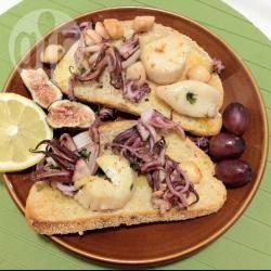 Bruschette ai frutti di mare
