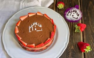 Ricetta torta al cioccolato e gelatina di fragole