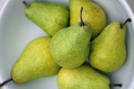 Ricetta antipasto di pere, crudo e parmigiano