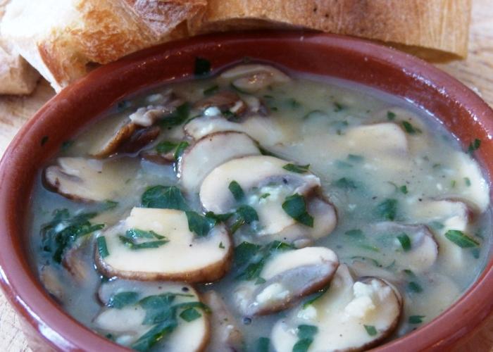 Champignon all'aglio