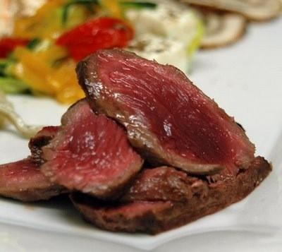 Ricetta bistecca di canguro con verdurine