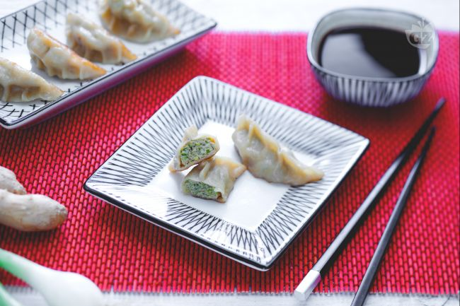 Ricetta ravioli di carne giapponesi (gyoza)