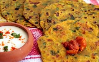 Ricetta thepla di spinaci, pani indiani alla santoreggia